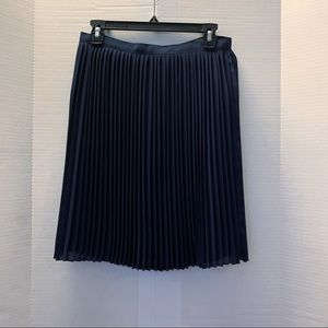 J crew navy blue pleated skirt